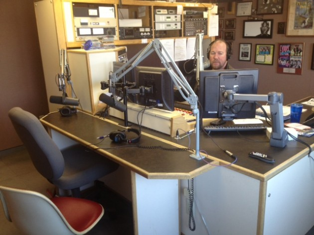 Manti Te'o's Girlfriend Lennay Kekua on the Air with Brian Scott